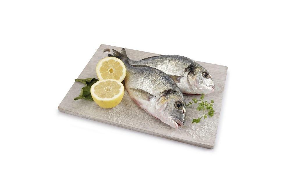 Recipe of the Month – Orata arrosto con sugo di pomodoro e olive
