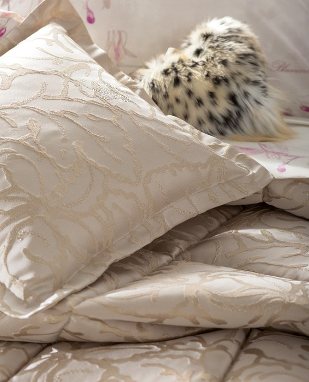 HOUSEHOLD LINEN COLLECTION-514462