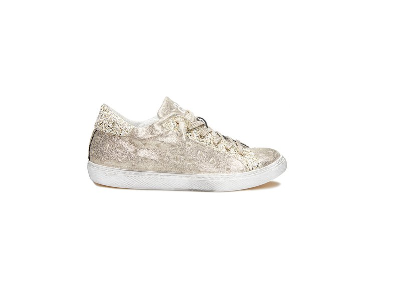 GOLD LOW SNEAKERS