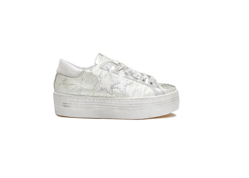 WHITE AND SILVER HS LOW SNEAKERS