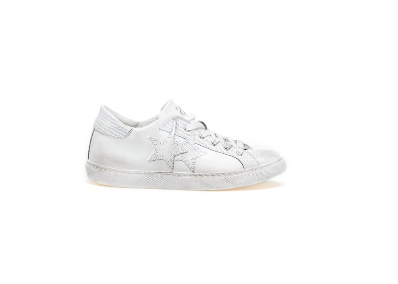 WHITE LOW SNEAKERS