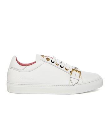 Sneaker De Piel Con Hebilla