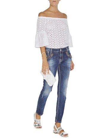 Jeans With Appliqués