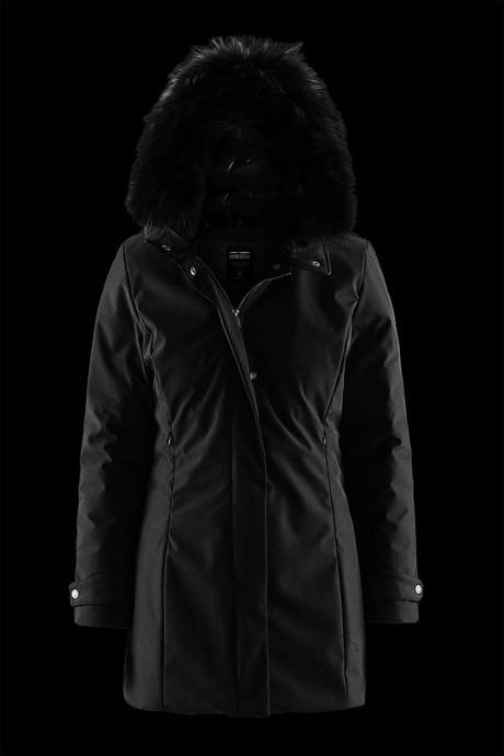 Woman's down jacket Frozen