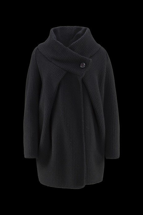 Woman's coat Oval