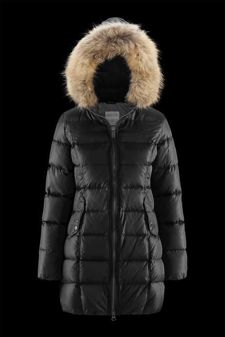 Woman's down jacket Essential