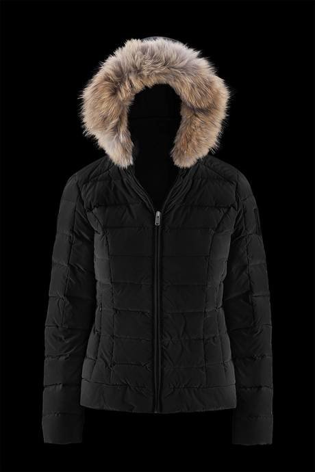 Woman's down jacket Essence