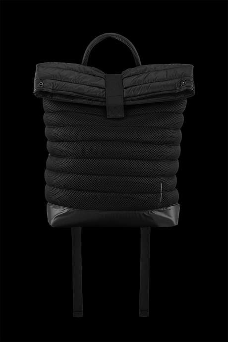 Quilted backpack made of 3D mesh with polyester inserts