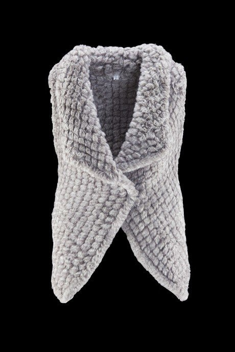 Woman's sleeveless in soft ecologic fur