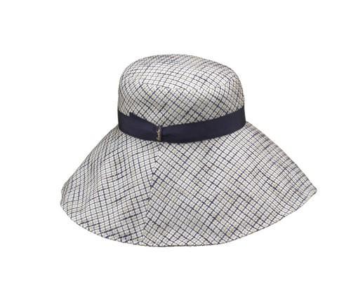 Cappello tessuto