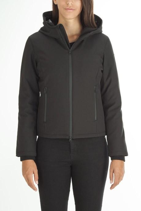 Woman's softshell jacket