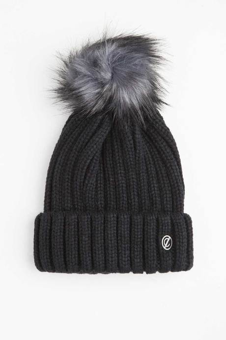 Woman's beanie with oil pan in faux fur