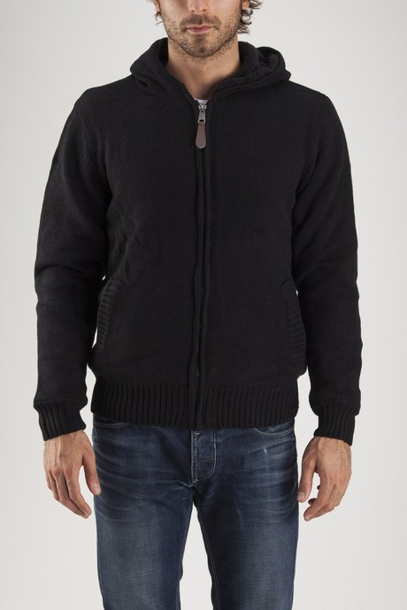 Man's hoodie with sherpa lining