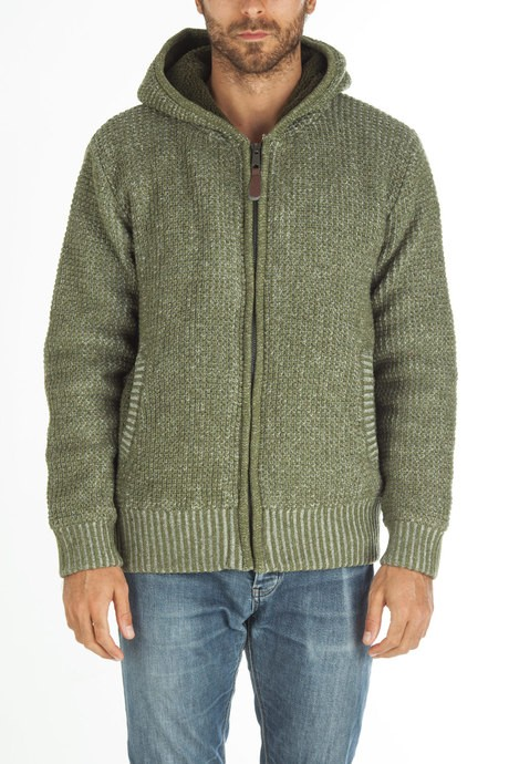 Man's knitted bicolor sweater