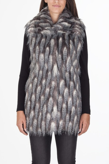 Woman's sleeveless in faux fur