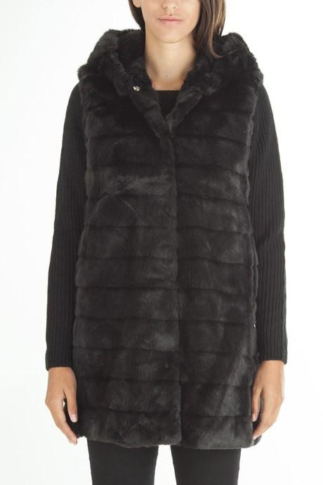 Woman's ecofur coat with hood