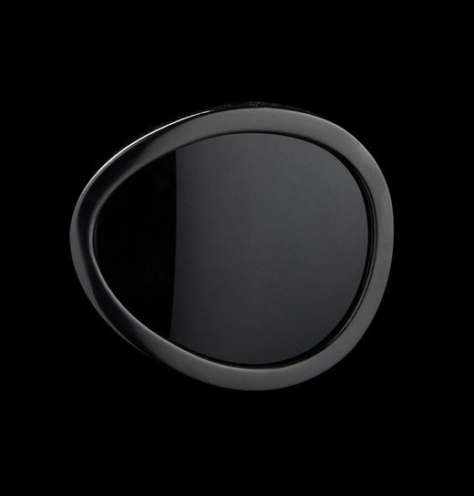 Small oval lens