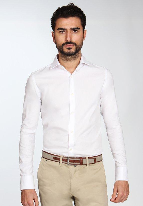 Camisa algodón slim cuello clásico