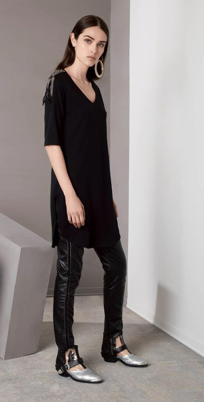 Black t-shirt with shoulder pads