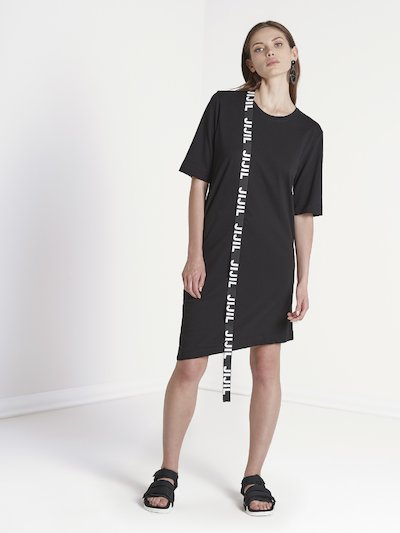 Dress with band and back neckline
