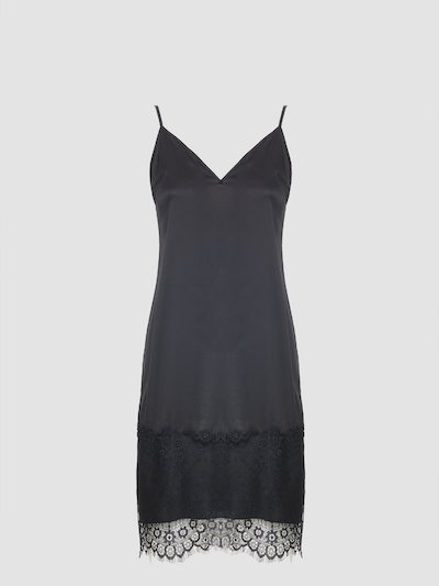 Total black slip