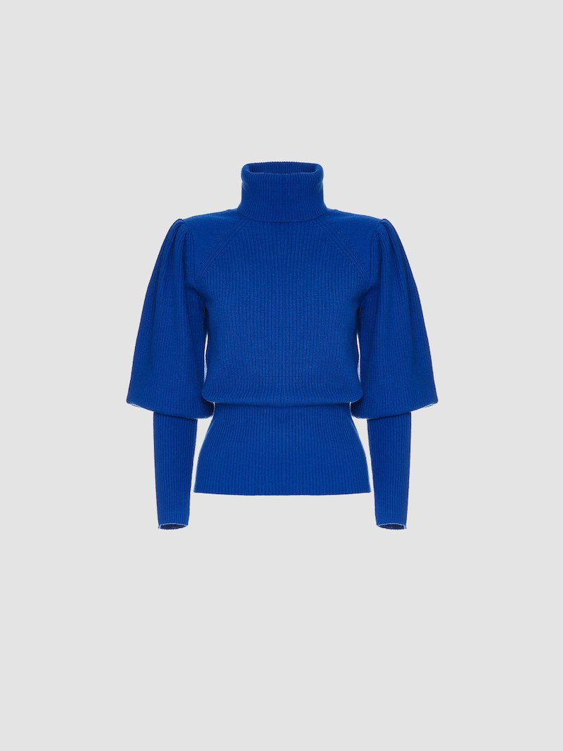 Solid color jersey with high collar.