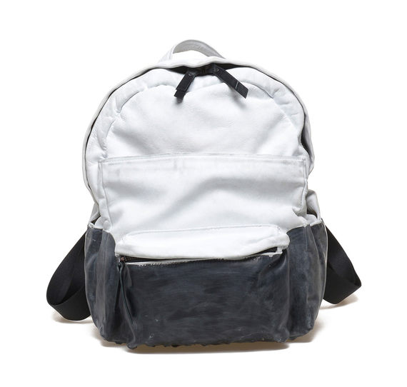 White/black small rucksack