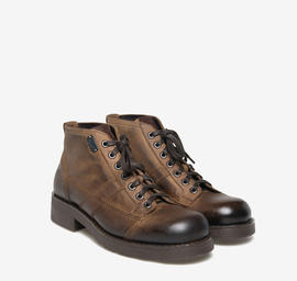 Frank<br />brown leather boots