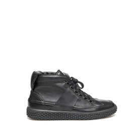 Woobie<br />Black leather women ankle sneaker