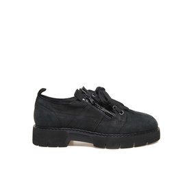 Amtrac<br />Nubuck shoe with side zip