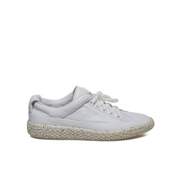 Woobie<br />White leather ankle sneaker