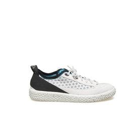 Woobie climb<br />Woman shoe in white split calfskin