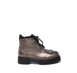 Laminated bronze fringed shoes