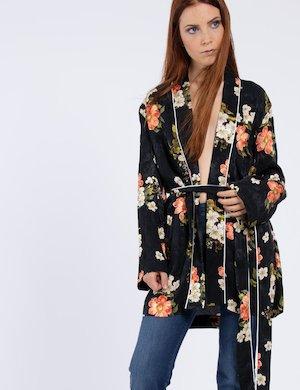 Kimono con fiori W74N01 WA0I0 sf
