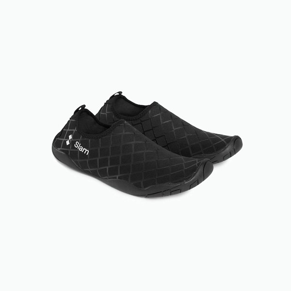 Cay rock shoes with adjustable strap