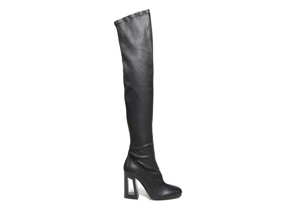 Stretch Overknee boots with perforated heel