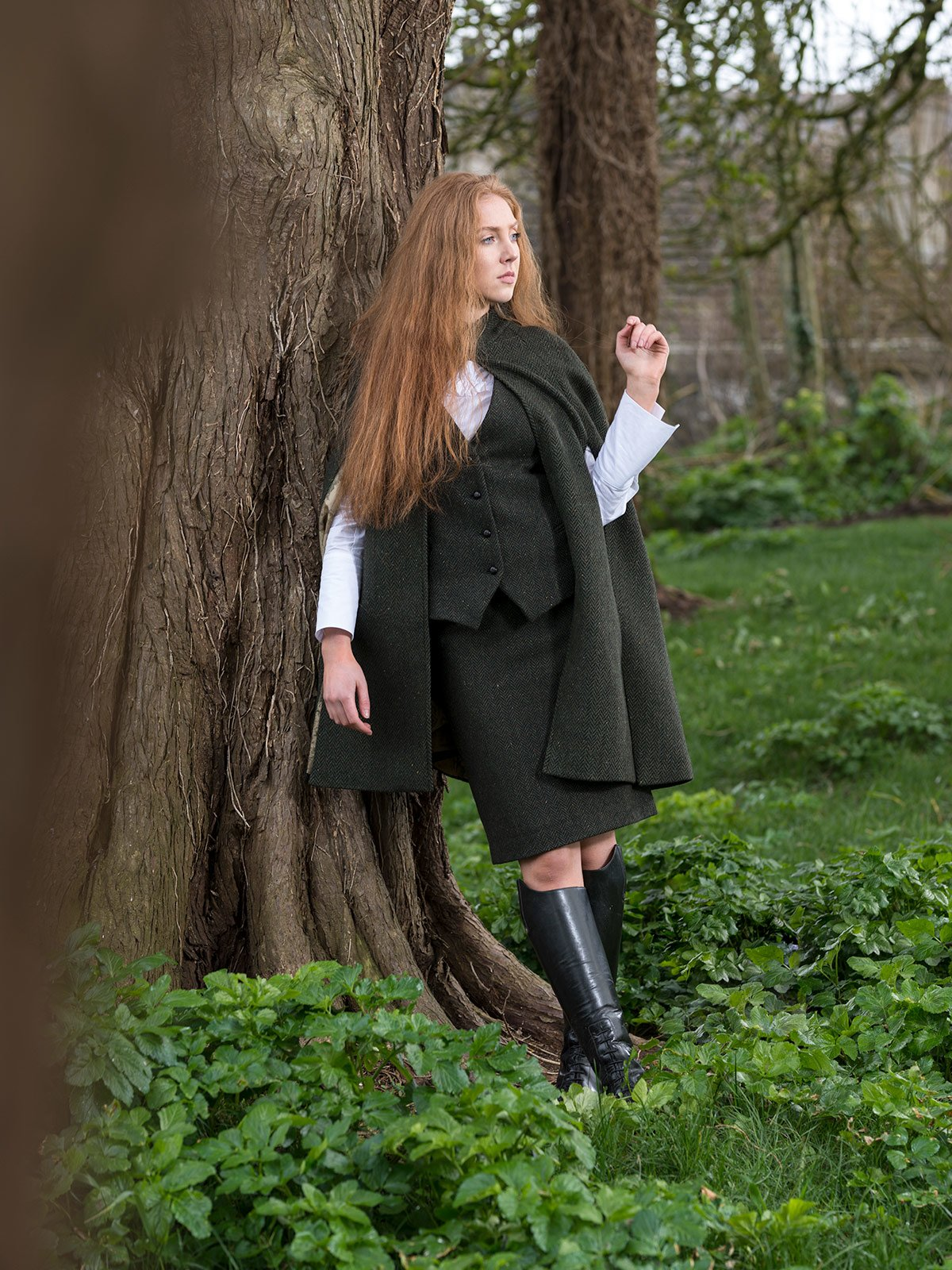 Ladies Green Tweed Cape