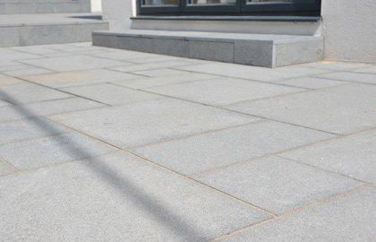 Natural Granite Paving