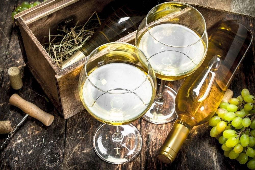 Fiano: A Favourite For Wine Makers, Drinkers, and Bees