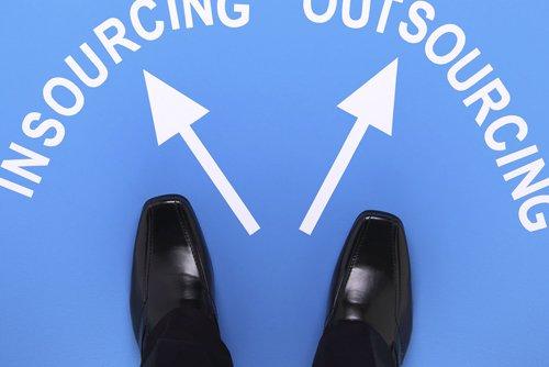 ¿Insourcing vs Outsourcing? Esa es la cuestión