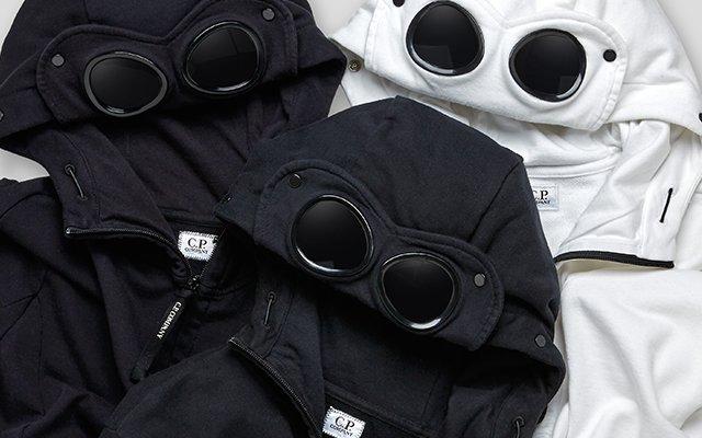 Sweat-shirts & Pulls Sweat-shirts & Pulls