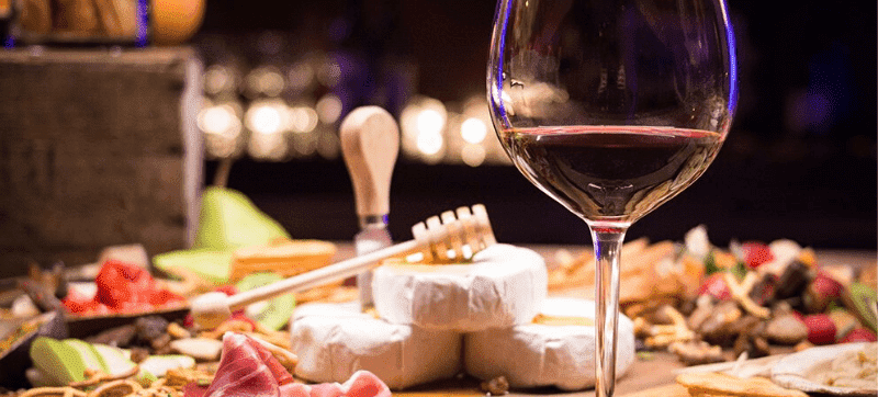 A toast to success! Kooomo launches Libiamo Wine's new online store