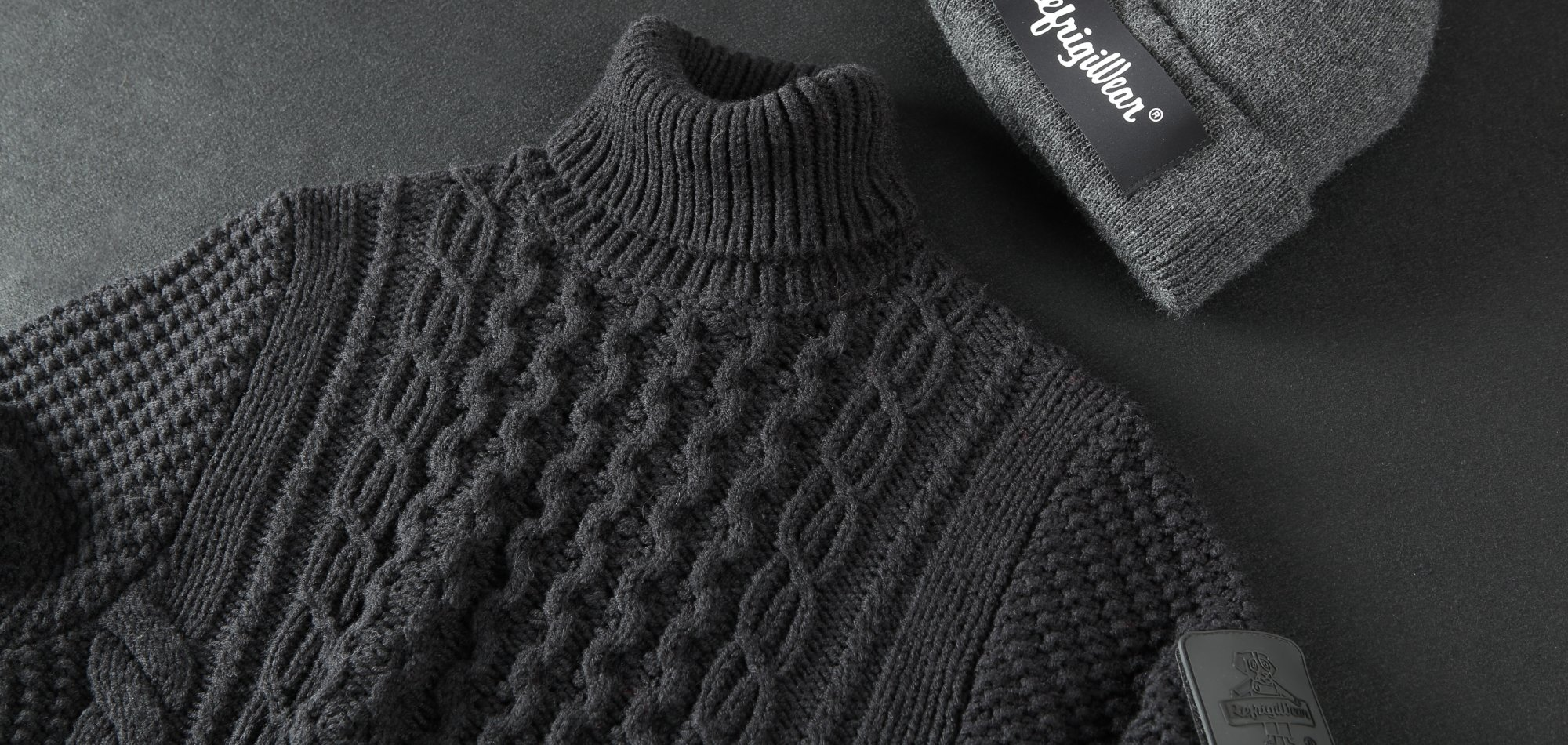 SWEATERS & ACCESSORIES
