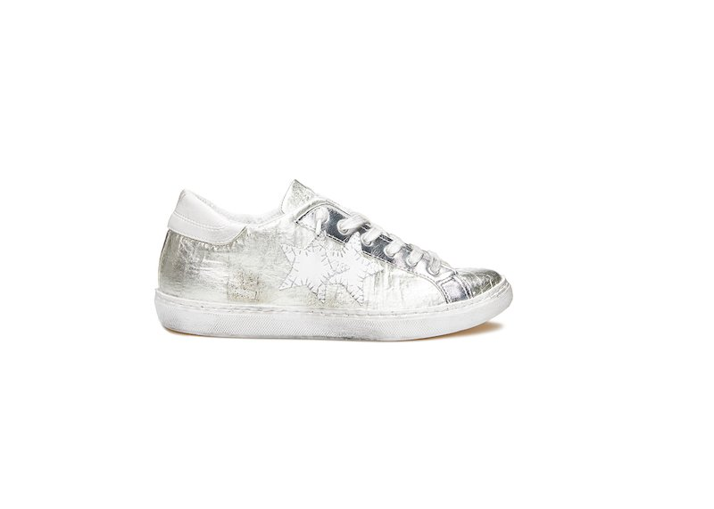 WHITE AND SILVER LOW SNEAKERS