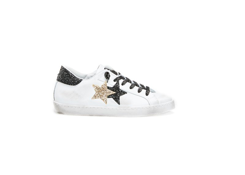 WHITE-BLACK-GOLD LOW SNEAKERS