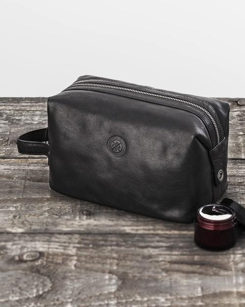 Saddler Black Leather Toiletry Bag