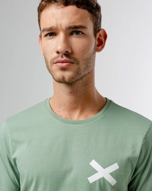 Cross Tee-Shirt