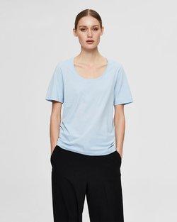 Standard U-Neck T-Shirt