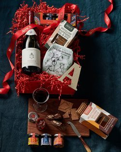 The Perfect Cheese Board Red Hamper