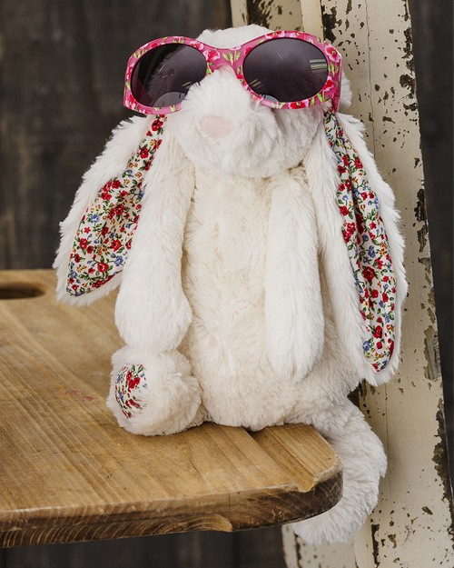 Blossom Bunny in Cream